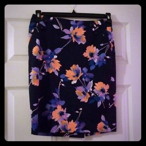 Limited Floral Print Size 2 Pencil Skirt